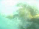 Abrazame muy fuerte - drown