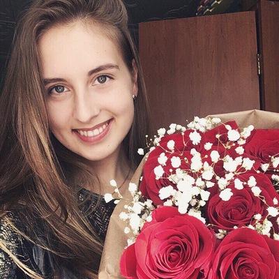 Эллина Камнева