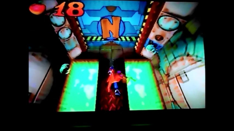 Crash Bandicoot 1(NTSC-U).УровеньCortex Power.Гем.
