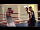 Бокс для начинающих. Положение ног в боевой стойке. Как поставить удар. Мастер-к