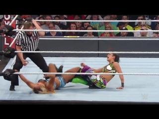 DAW | RR: Шарлотта Флэр против Бейли