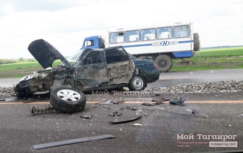 В серьезном ДТП на трассе «Ростов-Таганрог» пострадал двухлетний ребенок
