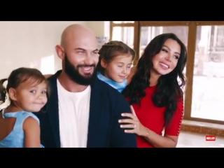 Бэкстейдж фотосессии Джигана и его семьи для журнала «HELLO»