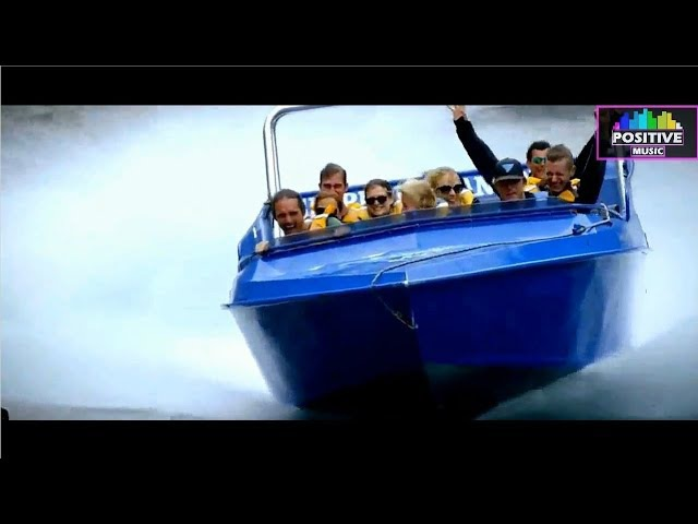 AC/DC - Thunderstruck - [The World's Most Exciting Jet Boat Ride]