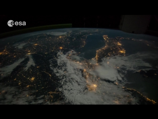 Земля 4K UHD 2160p Потресающий вид из космоса нашей планеты в высочайшем качестве[1]