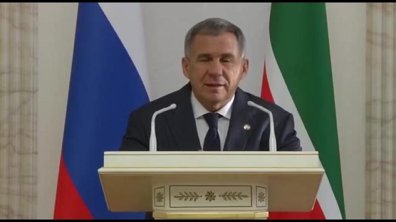 Рустам Минниханов поздравил казахстанцев c 25ти летием Независимости