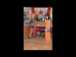 Наша    дискотека  в   кафе (  Остров   пиццы ) .
