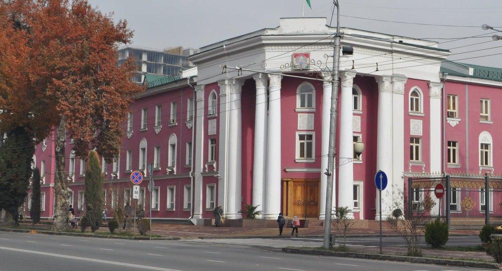 Мэр Душанбе обязал заместителей дежурить круглосуточно. Список дежурных с телефонами