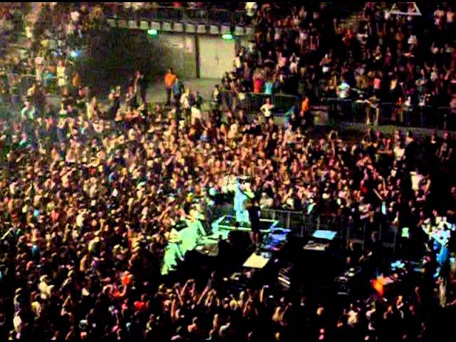 30 Seconds to Mars - Mannheim 2011 Acoustic ALIBI, THE KILL and Jared´s RUN