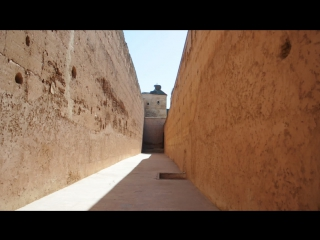 Призыв к дневной молитве, дворец аль Бади, Марракеш