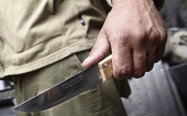 Житель района Рудаки убил жену и пытался покончить с собой