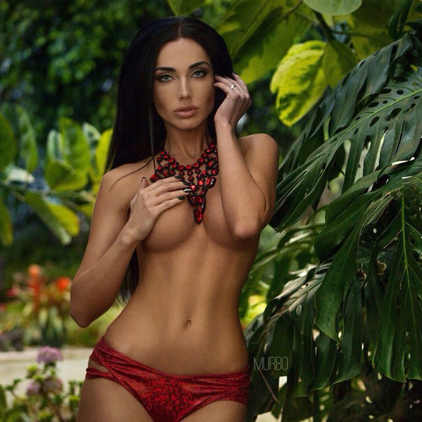Daniela Martani photos