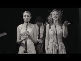 Tu Vuo' Fa' L'Americano - Hetty &amp the Jazzato Band