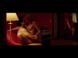 Голая Ана де Армас Ana De Armas - Hands of Stone (2016) (эротическая постельная сцена из фильма знаменитость трахается голая sex