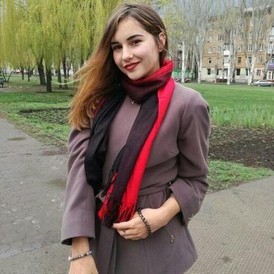 Olya Khobta
