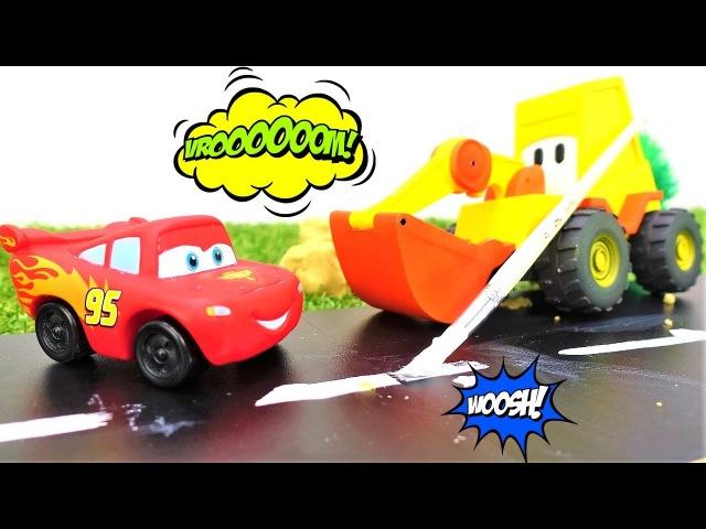 Lightning McQueen auf Deutsch Max der Bagger baut eine Rennstrecke Videos für Kinder