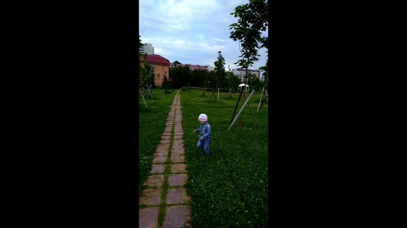 дорог много....а счастье где то рядом!)