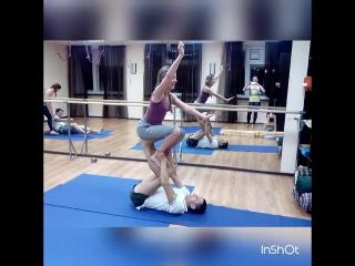 Акро йога. 3е занятие. класс👍