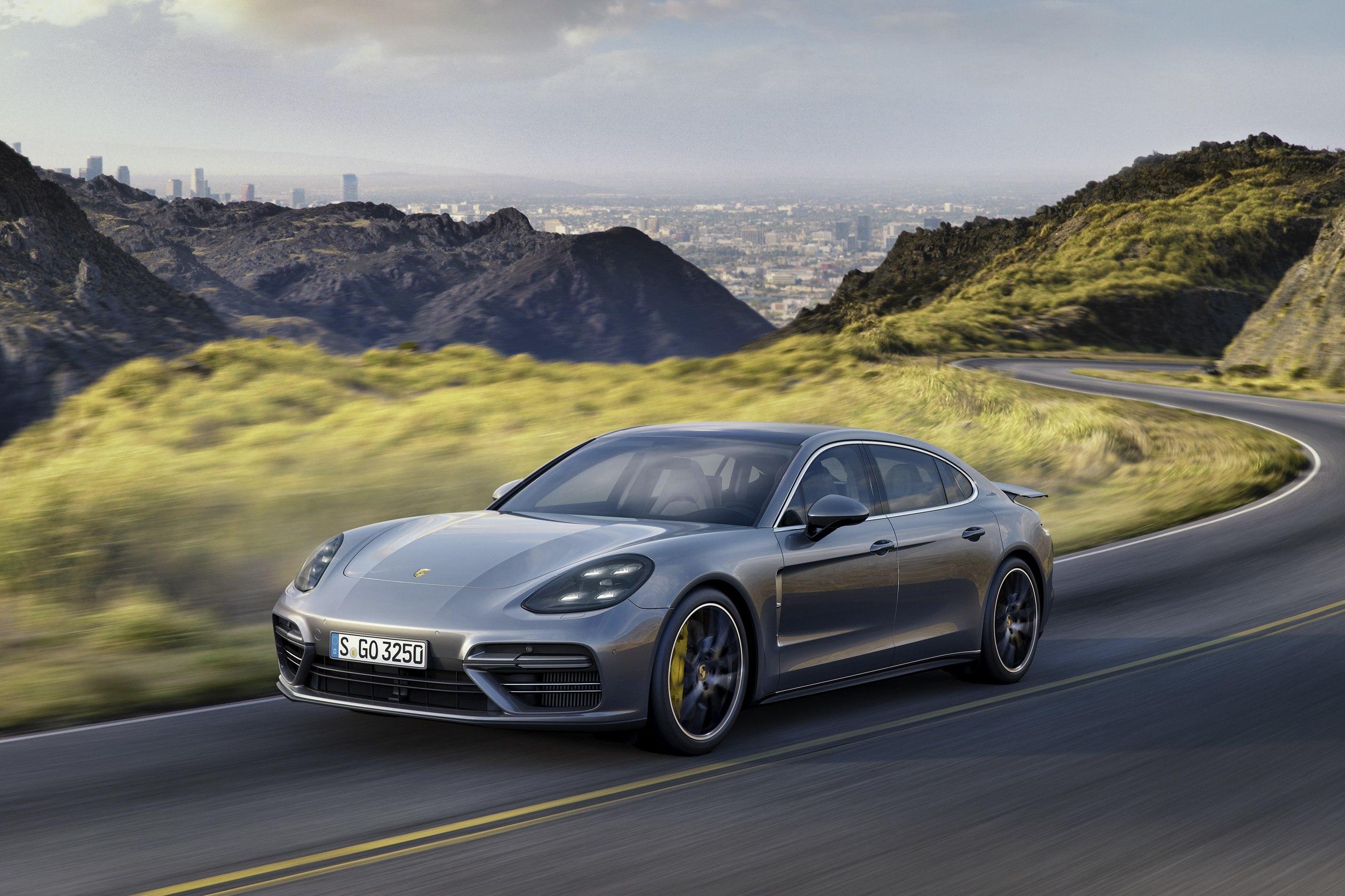 Мария Шарапова и Porsche: мельдоний забыт