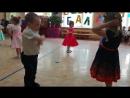 танец макарено