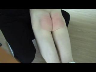 HNG Porn: Spanking — Порка парня (Snow on my Knee)