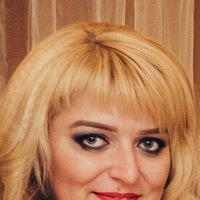 Аня Юшачкова
