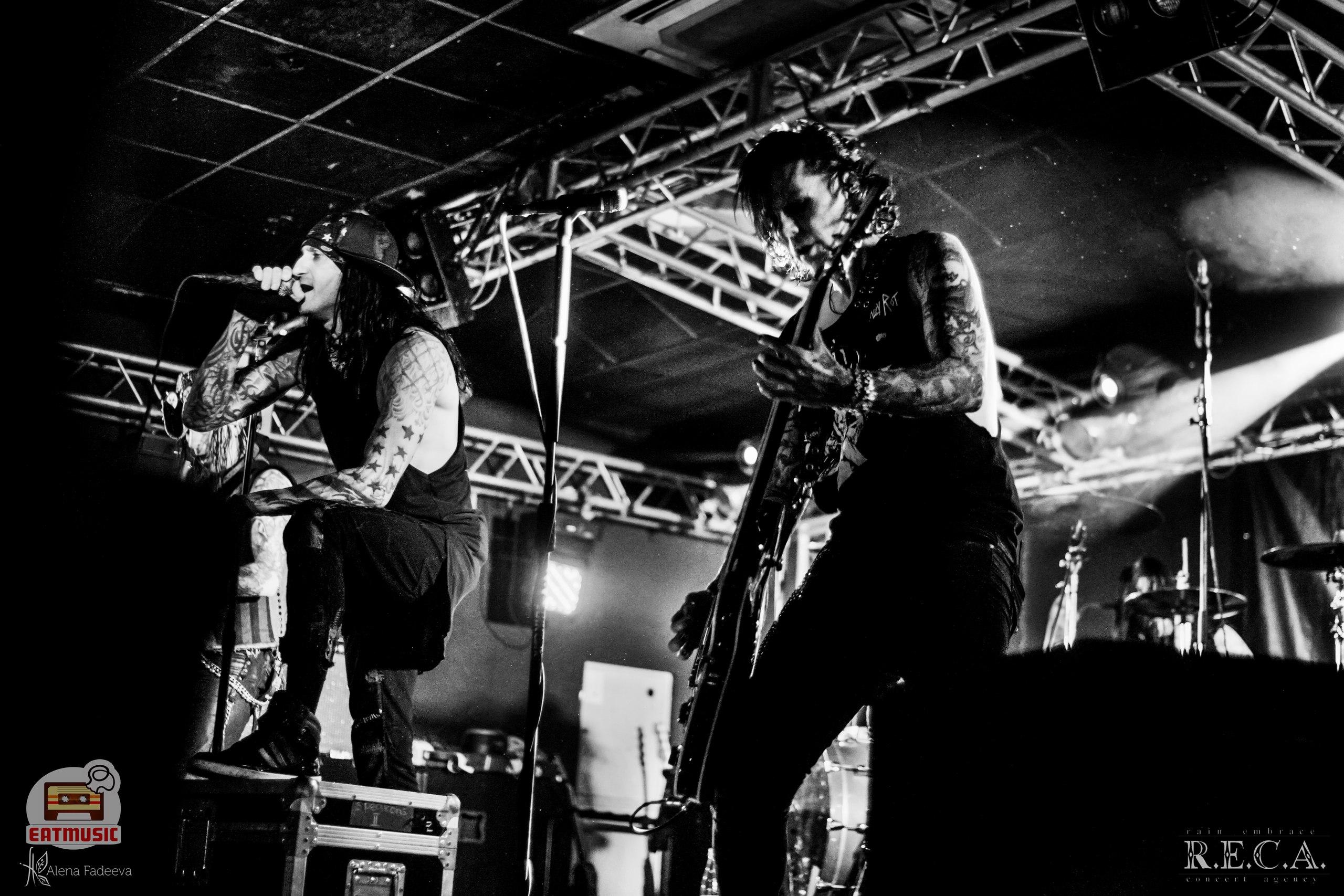02-ого ноября в питерском клубе Зал Ожидания состоялся концерт группы Dope