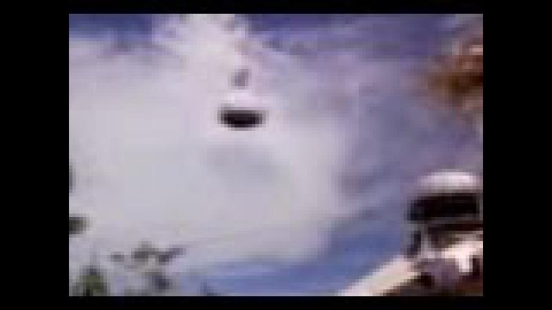 Чудо : НЛО (Купол мечети) сам перемещается по небу!