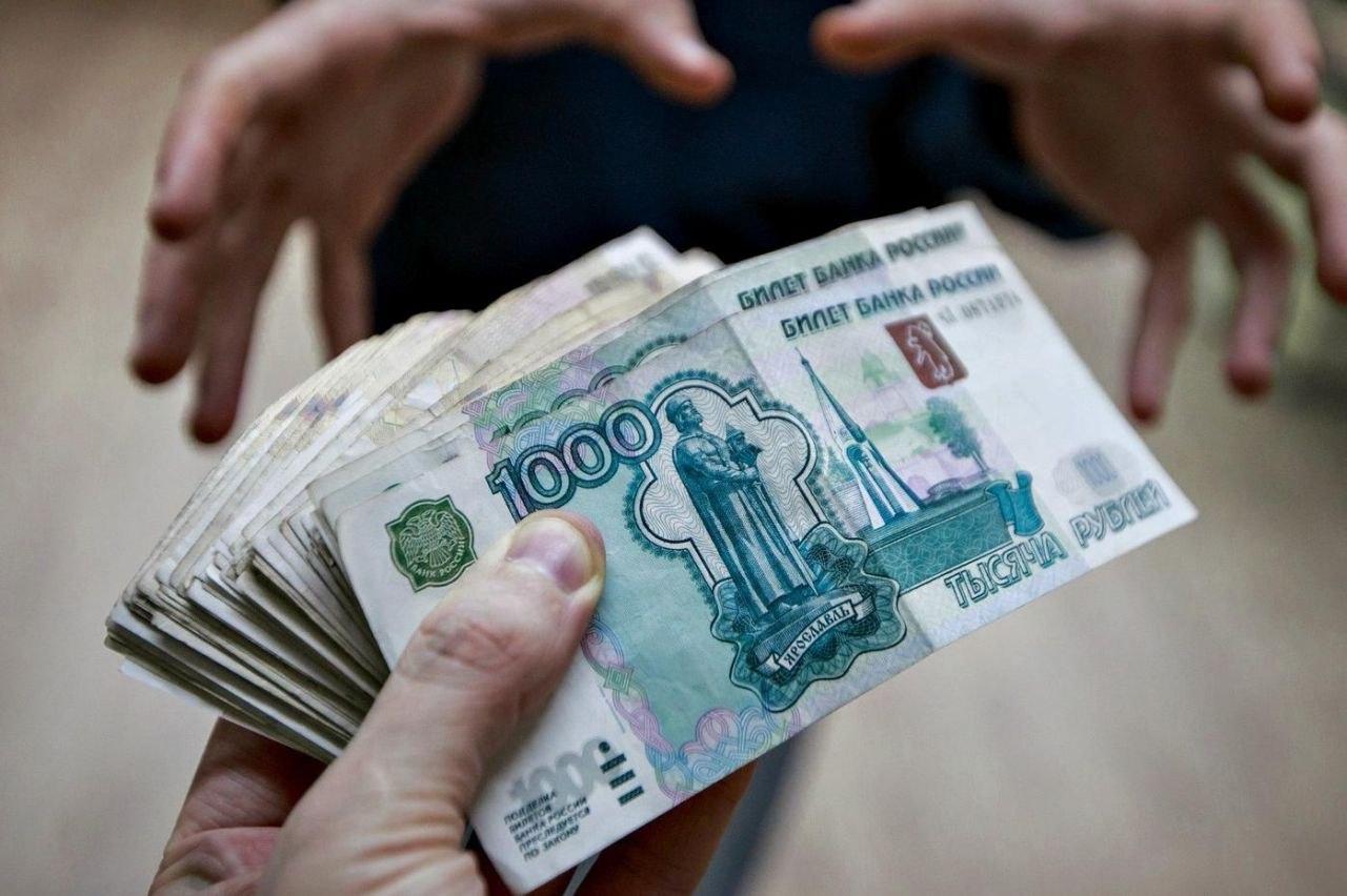 Инспектор ДПС из Северска предстанет перед судом за взятку в 140 тысяч рублей