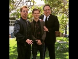 Роберт, Том Холланд и Джон Фавро на съемках «Возвращения домой»