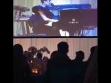 Bad Romance на мероприятии в честь дня рождения Элтона Джона (25 марта)