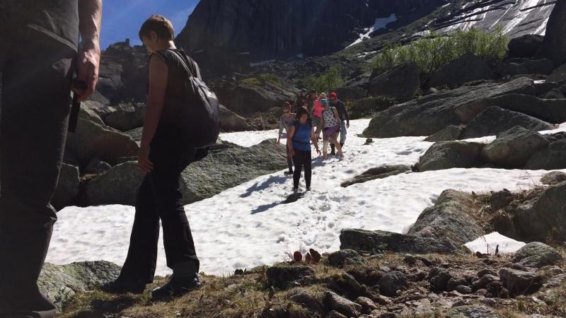 Спуск с перевала к озеру Горных Духов