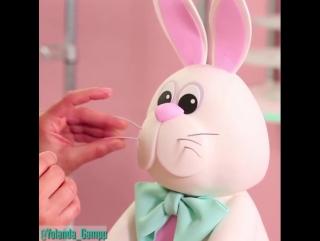 Yolanda Gampp – Торт «Пасхальный Заяц»