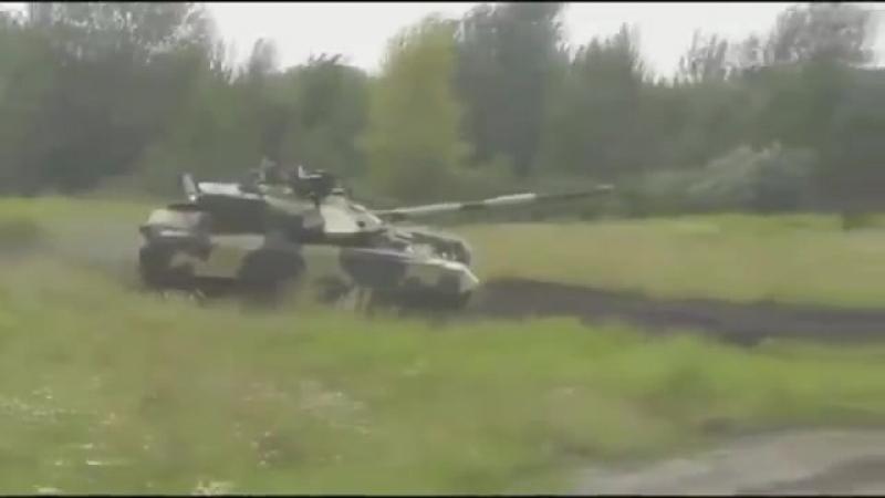 Російські ЗМІ - український 'танк привид'.mp4