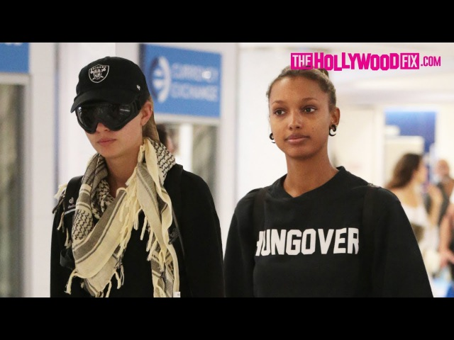 Josephine Skriver Jasmine Tookes Arrive To LAX Airport From Burning Man Festival 9.3.17