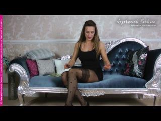 Pantyhose Review - Ali reviews Gabriella