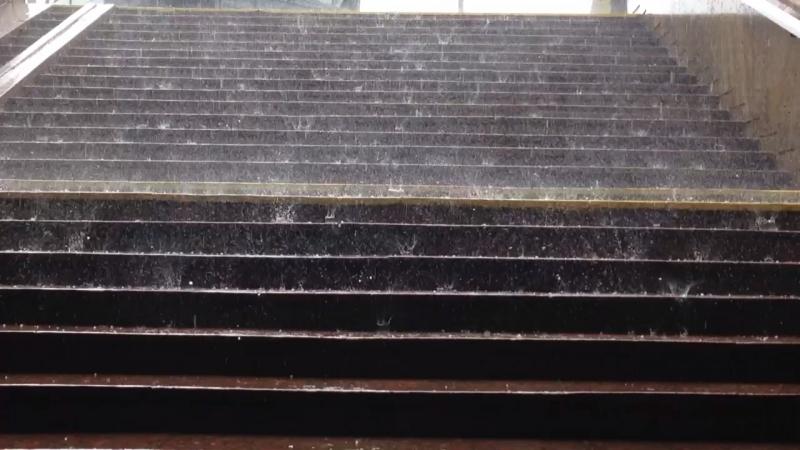 Танец дождя и града