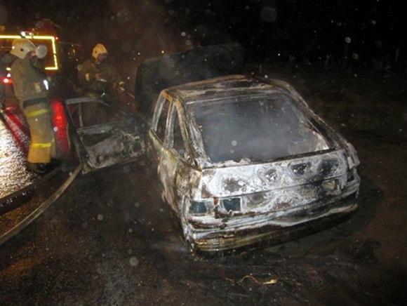 ВРостовской области врезультате дорожного происшествия зажегся ВАЗ: есть погибший