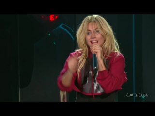 Lady Gaga - The Cure (Live Coachella)