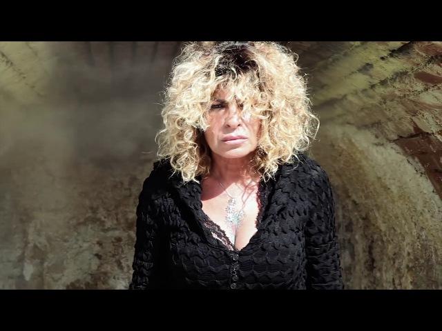 Pietra Montecorvino feat Tonino Carotone COLPA MIA Video Ufficiale