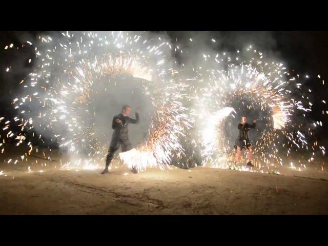 Огненное шоу на свадьбу день рождения или юбилей ярко красиво незабываемо