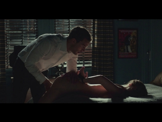 """Сцена секса с шариками """"на 50 оттенков темнее"""""""