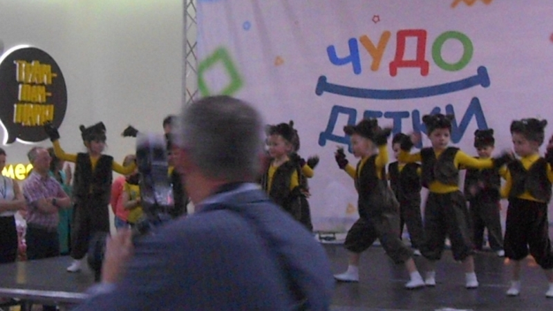Наш Алексей учавствовал в конкурсе ЧУДО ДЕТКИ с танцем Весёлые Мишки