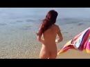 Девушку раздели Голая на пляже A girl stripped bare on the beach