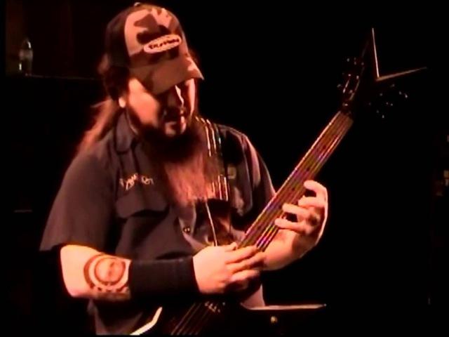 DIMEBAG DARRELL ABBOTT (rare backstage Guitar Lesson)