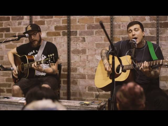 Rockaway beach (cover) — frnkiero andthe cellabration @ Utopia Records 01.28.16.
