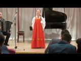 дочка поёт песню МАКОВ ЦВЕТ