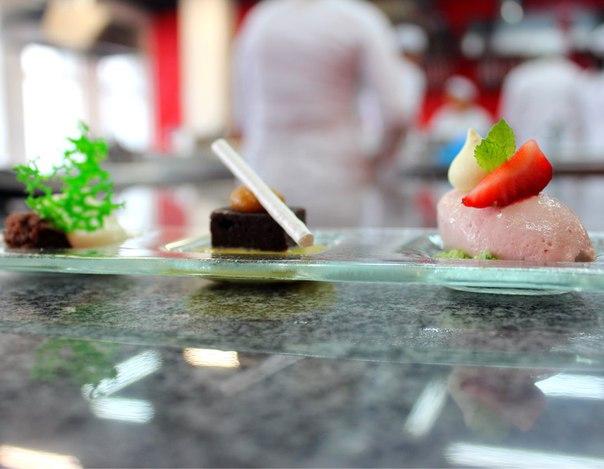 Просто вошебные десерты от наших студентов кулинарной программы ACF Cu