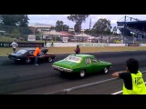 Trick and Mansweto Capri v Gup's twin turbo HQ in an exhibition run at 2011 Sydney Powercruise