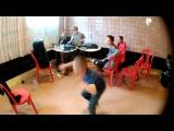 Ганста Федя танцует хип хоп. Dance Traffic